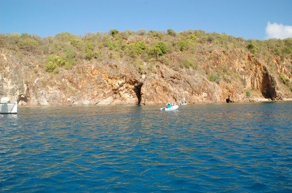 snorkeling the caves BVI's