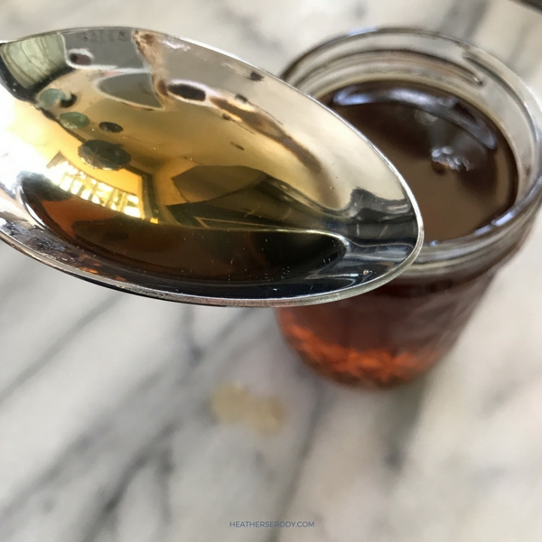 stupidly simple keto maple syrup- Thrive In Midlife (1)